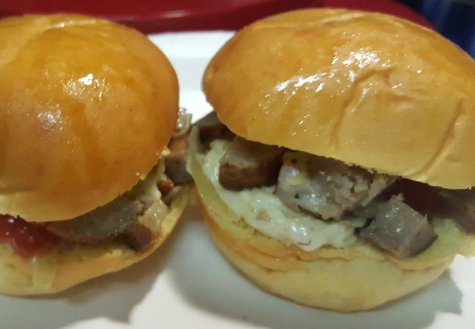 Brat Sliders, a Home Run